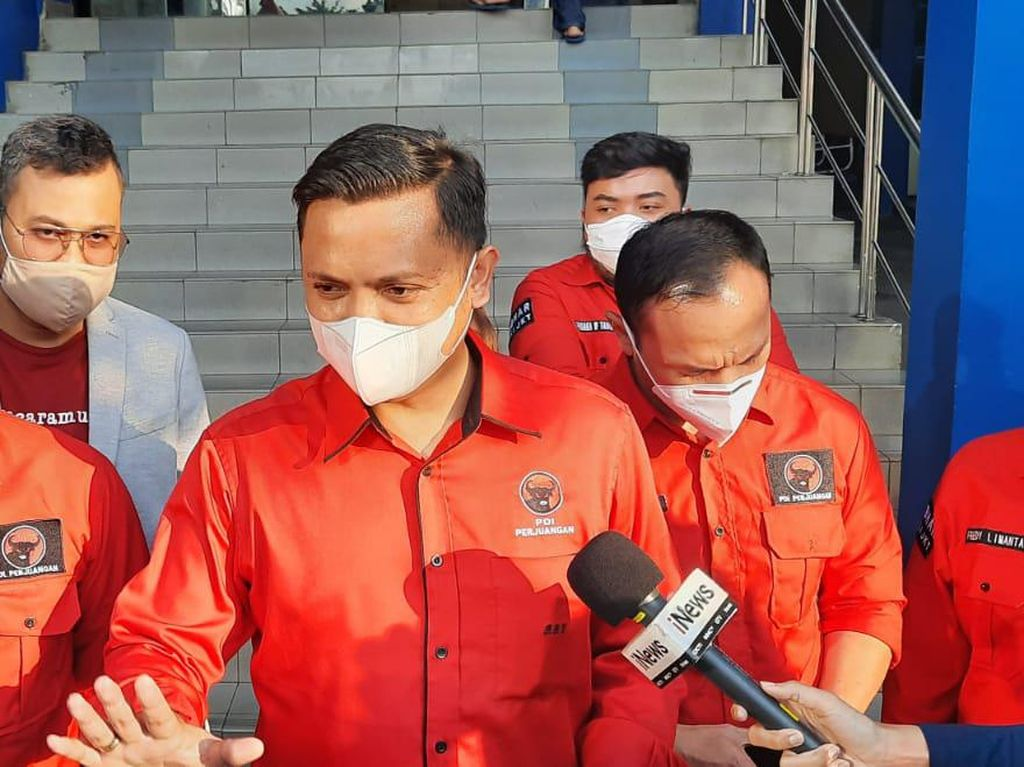 Hersubeno Arief Vs PDIP DKI Buntut Hoax Megawati Koma