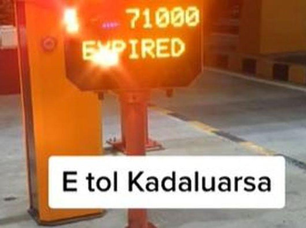 E-Toll Expired karena Kelamaan di Tol, Begini Cara Bayarnya