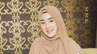 6 Potret Larissa Chou Kini Ubah Gaya Hijab Hingga 159 Pria Antre Melamar