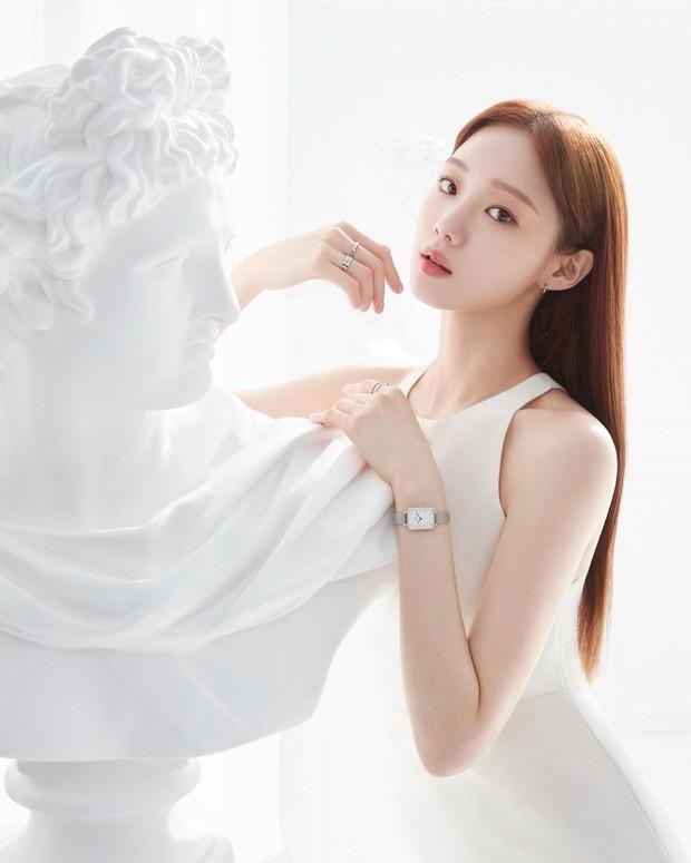 Lee Sung Kyung / Ảnh: instagram.com/heybiblee