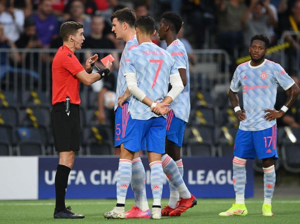 Takluk dari Young Boys, Man United Tak Cukup Baik di Babak Kedua