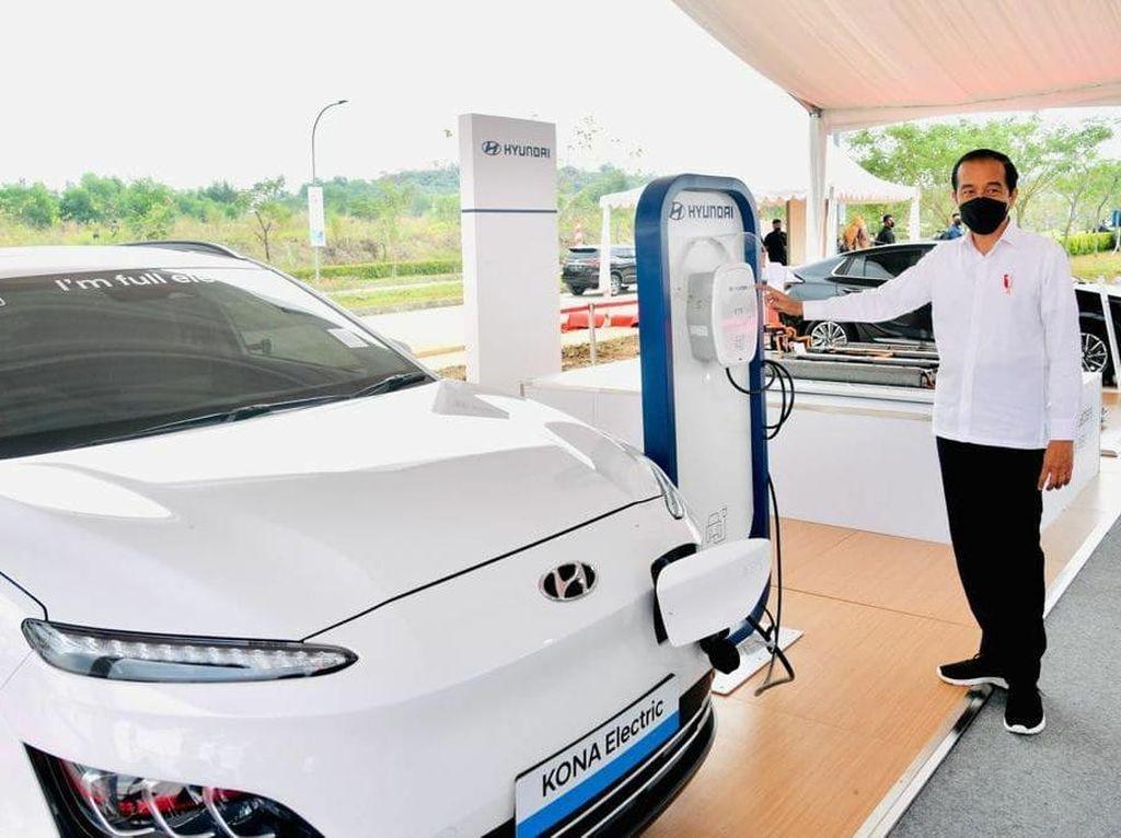 Diresmikan Jokowi, Pabrik Baterai Kendaraan Listrik Pertama di RI Mulai Dibangun
