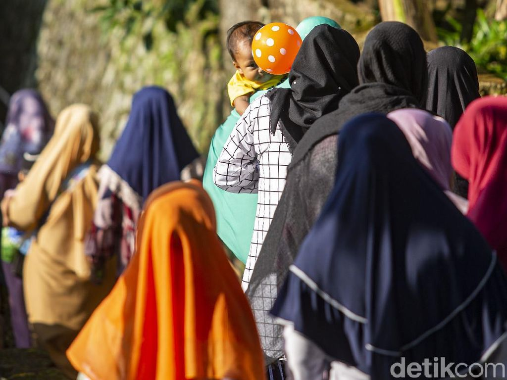 Tambang Ilegal Pembawa Stigma Kampung Janda
