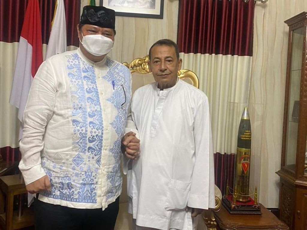 Malam-malam Airlangga Sowan Habib Luthfi bin Yahya, Minta Doa Apa?