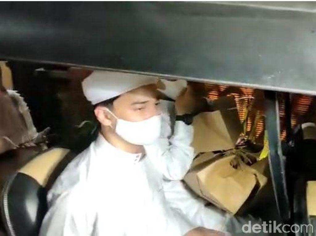 Sikap Alvin Faiz Dicecar soal Tuduhan Penyalahgunaan Dana Az Zikra
