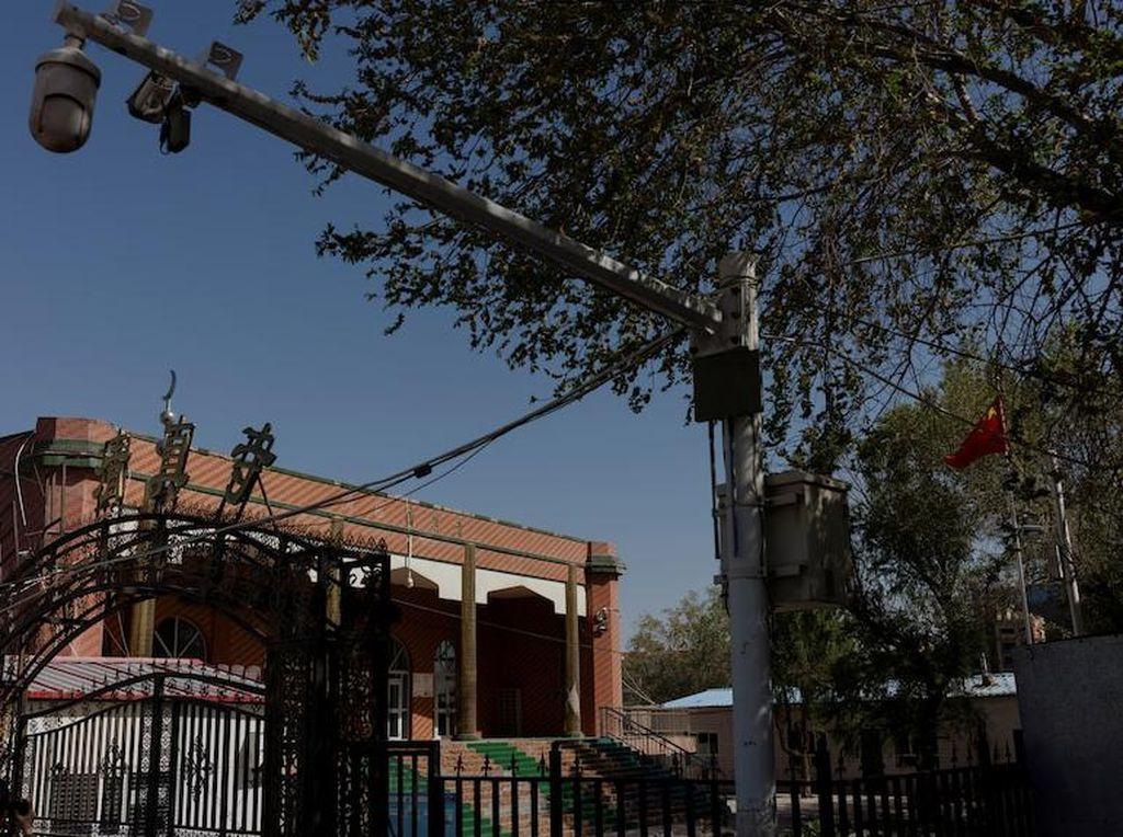 Diplomat Inggris Ungkap Pembongkaran Kubah dan Menara Masjid Tertua di Qinghai China
