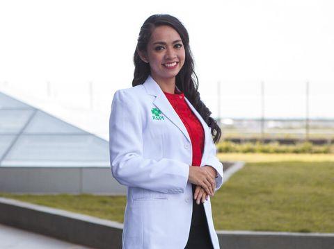 dr. Diana F. Suganda, Sp.GK