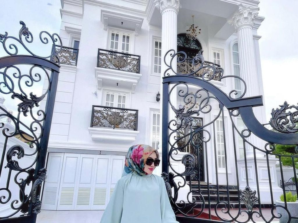 Potret Sosok Wanita Viral Dulu Hidup di Rumah Bantuan Tsunami, Kini Tajir