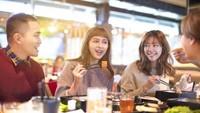 Bolehkah Muslim Makan di Restoran MIlik Non Muslim?