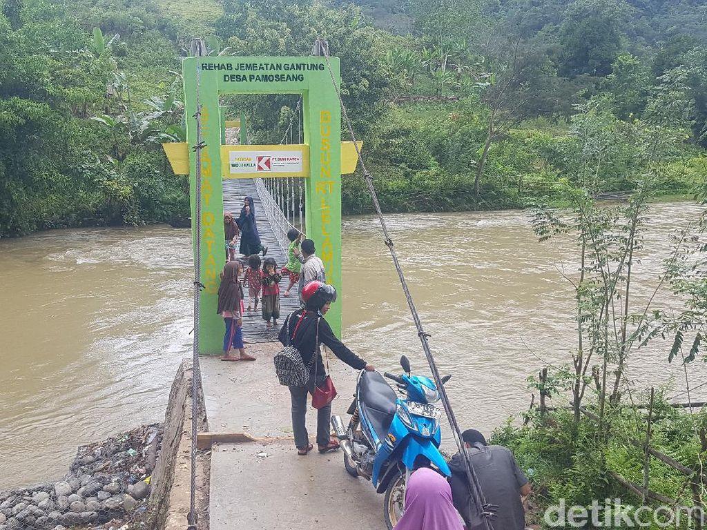 Senangnya Warga Mamasa! Jembatan Gantung yang Dulu Bahaya Kini Jadi Bagus
