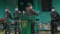 Cerita Letjen Dudung Tak Bisa Tolak Patung Soeharto-AH Nasution Diambil