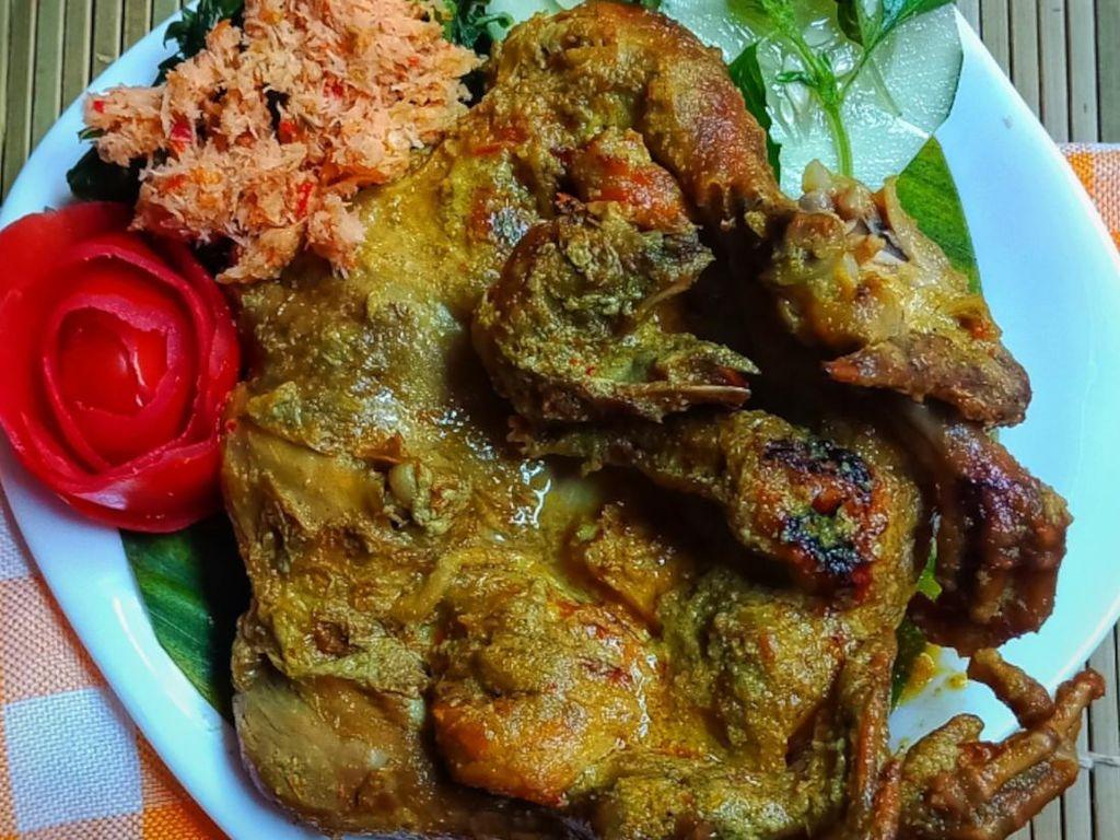 Resep Pembaca: Resep Ayam Lodho Khas Tulungagung yang Sedap Enak
