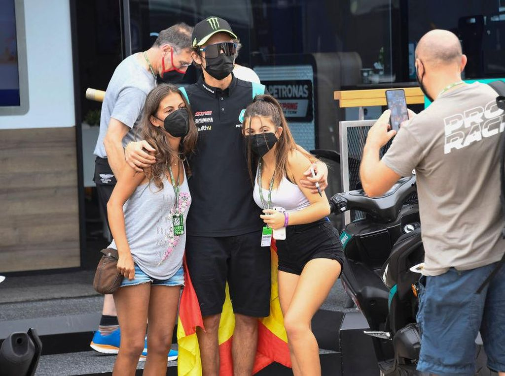 Ssstt... Valentino Rossi Rupanya Sering Lolos Tilang Polisi