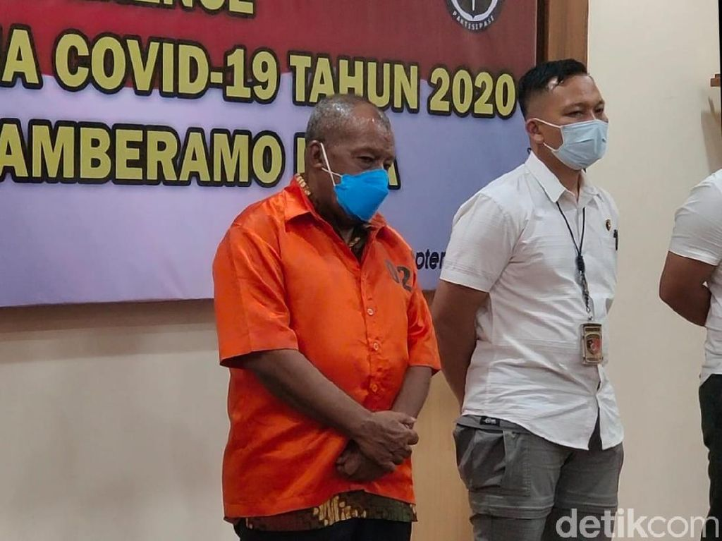 Eks Bupati Mamberamo Raya Tersangka Korupsi Dana COVID Ditahan Polda Papua