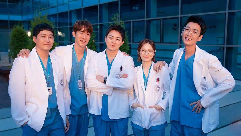 Salam Perpisahan dari Geng 99 Hospital Playlist