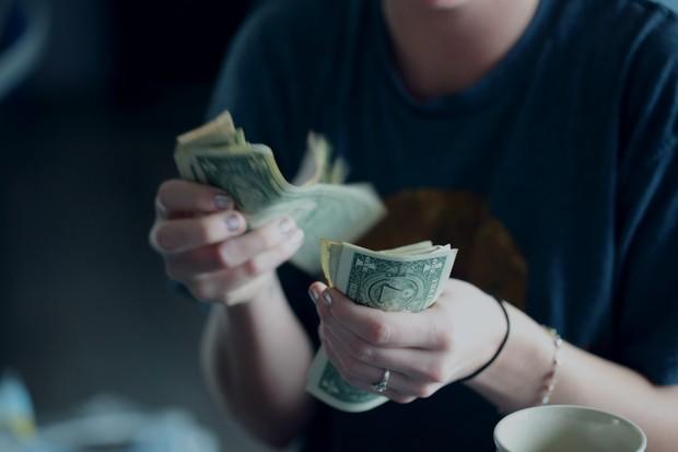 Song Tử kiếm tiền dễ dàng