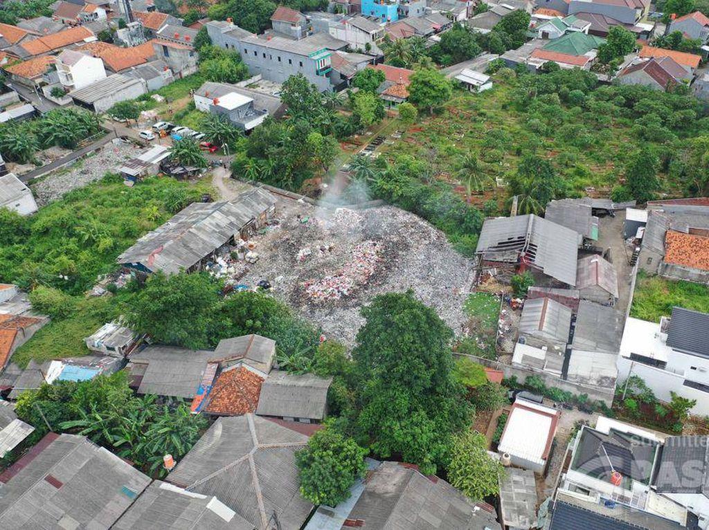 Lahan di Pondok Betung Jadi Tempat Buang-Bakar Sampah, Warga Resah
