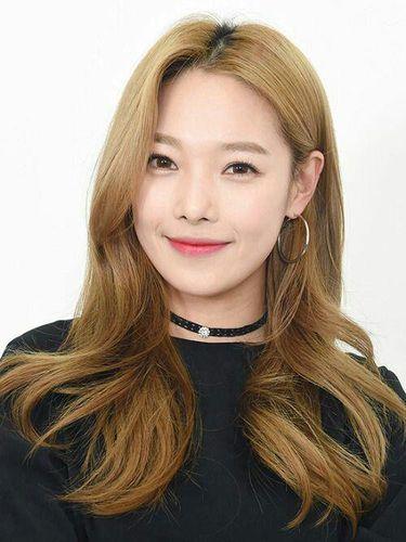 5 Brand Skincare yang Dipakai Seleb Korea, Dari BTS Hingga TWICE!