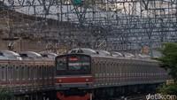 Simak! Penumpang KRL Bogor Kini Naik-Turun di Lantai 2 Stasiun Manggarai