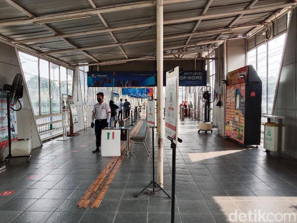 Syarat Naik KRL Jabodetabek 2021 Terbaru, Cek di Sini