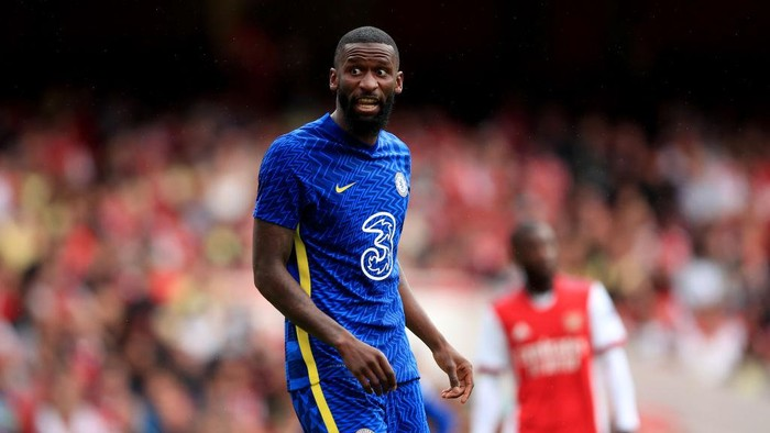LONDON, ENGLAND - AUGUST 01: Antonio Rudiger of Chelsea during the Pre Season Friendly between Arsenal and Chelsea at Emirates Stadium on August 1, 2021 in London, England. (Photo by Marc Atkins/Getty Images)