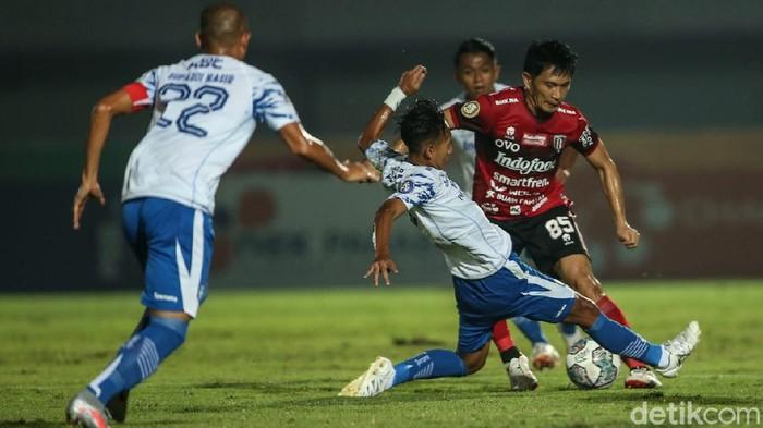 Bali United vs Persib Bandung dalam lanjutan Liga 1 2021/2022, Sabtu (18/9/2021) di Indomilk Arena, Tangerang.