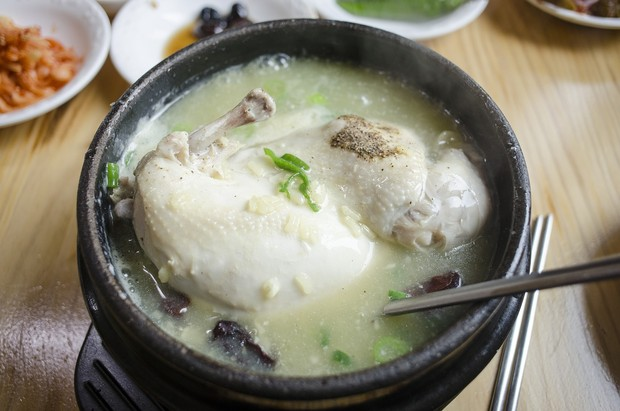 Makanan tradisional Korea - Samgyetang