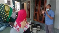 Digeruduk Emak-emak Tagih Janji Harga Jagung Turun, Suroto: Saya Bingung