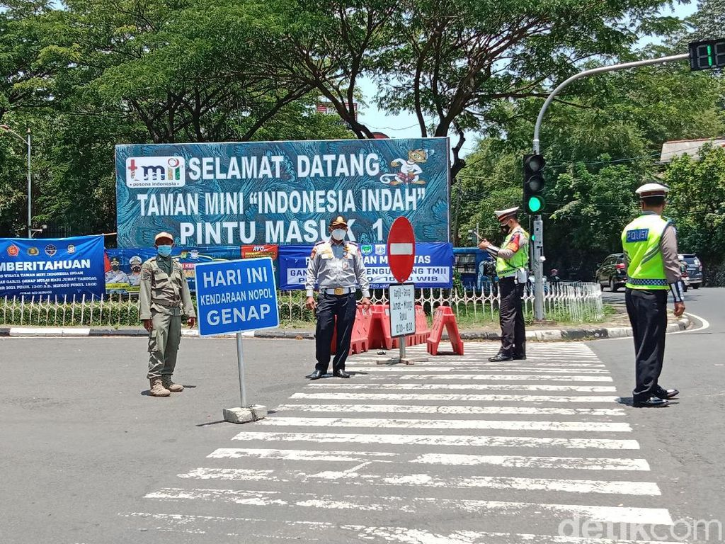 TMII Sediakan Kantong Parkir untuk Nopol Kendaraan yang Tak Sesuai