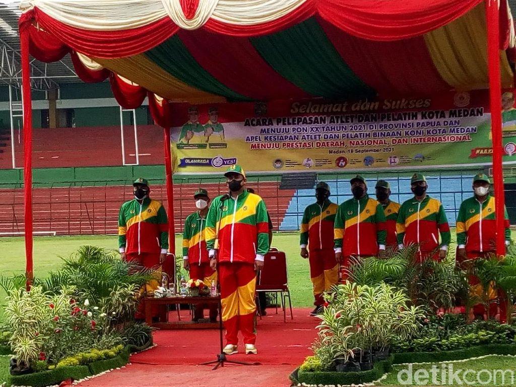 Lepas 89 Atlet ke PON Papua, Bobby: Raih Prestasi dan Jaga Sikap