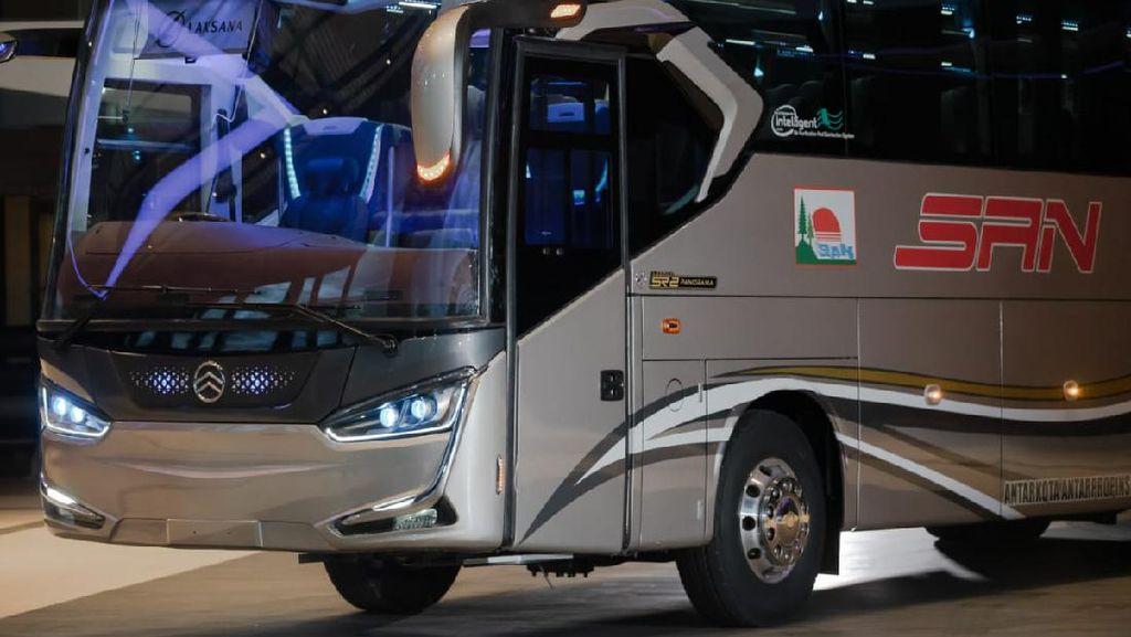 Kembalinya Tren Bus Single Glass: Laksana Legacy SR2 Panorama