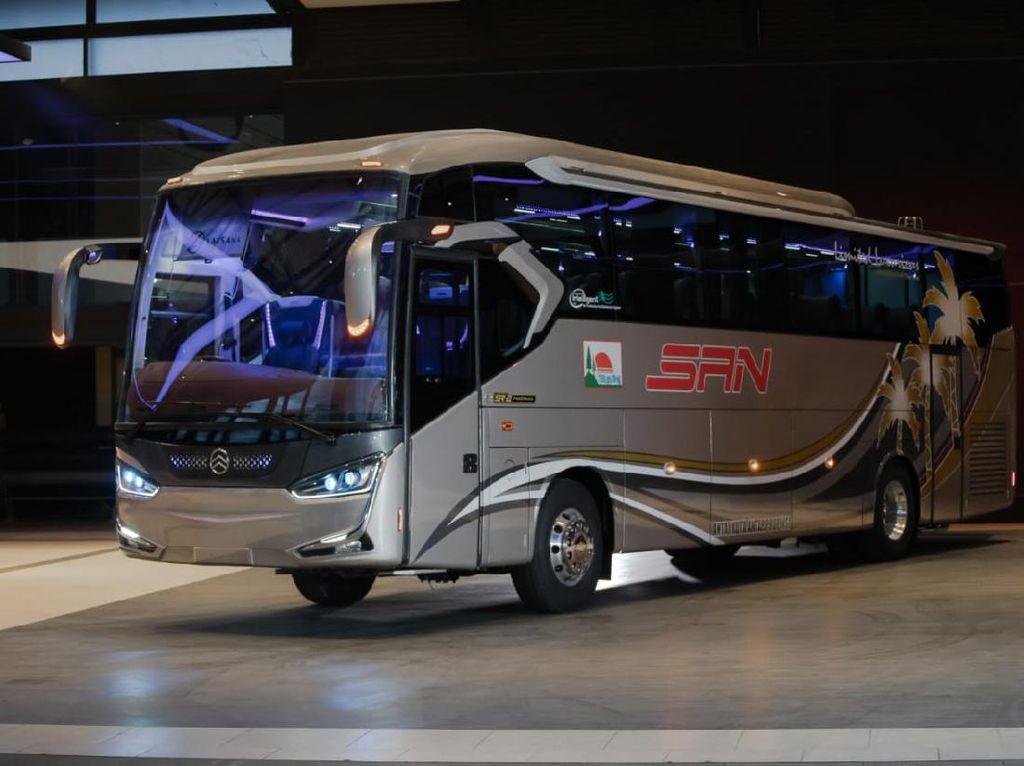 Resmi! Bus Single Glass Terbaru Laksana Dirilis, Namanya Legacy SR2 Panorama