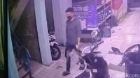 Pria Tewas Saat Live TikTok di Jaktim Sempat Terekam CCTV