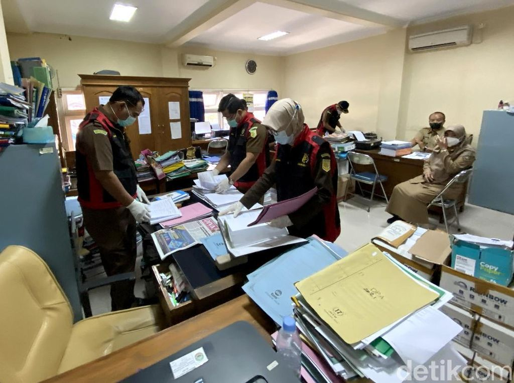 Kantor Dindagkop UKM Blora Digeledah Kejari Terkait Kasus Korupsi