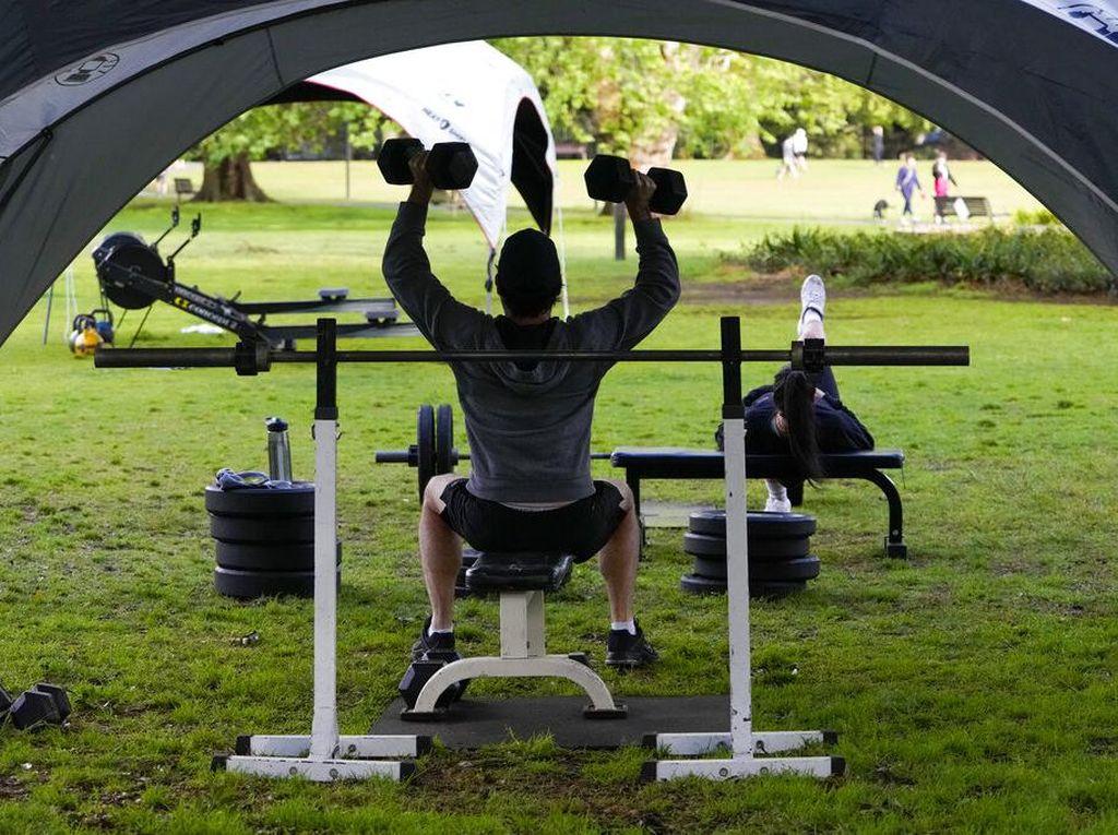 Lockdown Diperpanjang, Taman di Australia Jadi Tempat Nge-Gym Warga