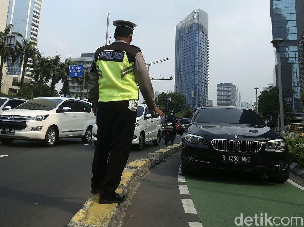 71 Mobil Pasang Rotator Ditilang Selama 4 Hari Operasi Patuh Jaya