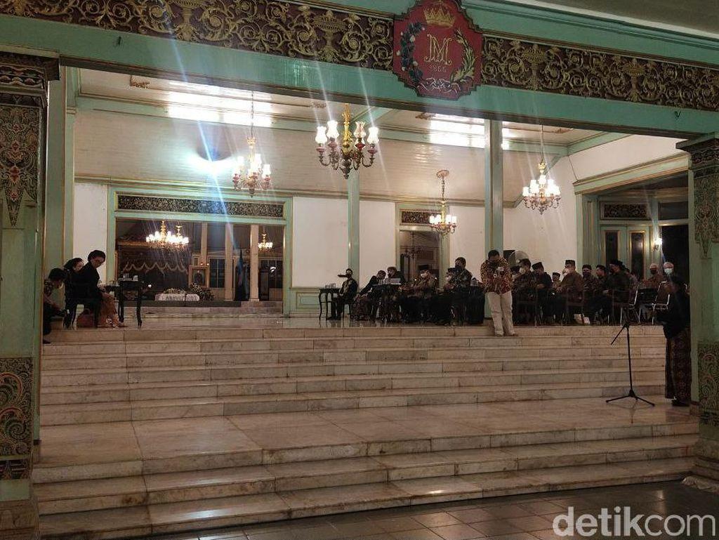 Sukmawati-Titiek Soeharto Hadiri Peringatan 40 Hari Wafatnya Mangkunegara IX