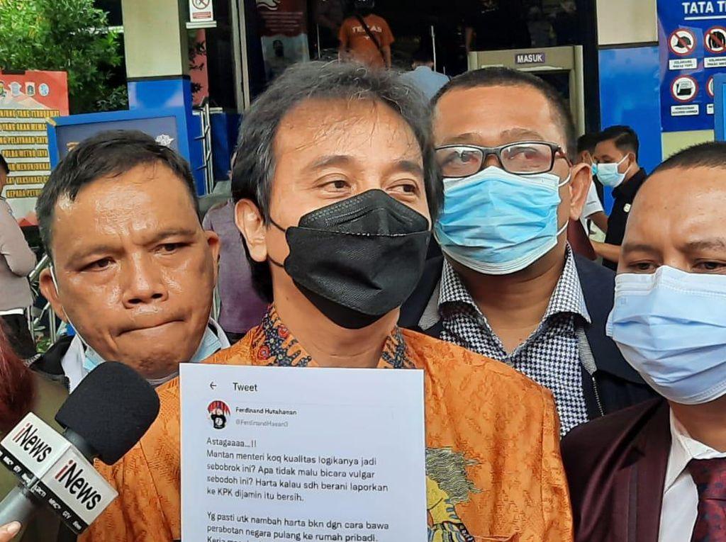 Cuitan Ferdinand Singgung Bawa Perabotan Negara, Roy Suryo: Sudah Inkrah!