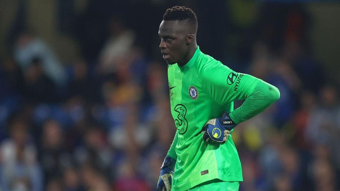 LONDON, ENGLAND - SEPTEMBER 14: Edouard Mendy of Chelsea looks on during the UEFA Champions League group H match between Chelsea FC and Zenit St. Petersburg at Stamford Bridge on September 14, 2021 in London, England. (Photo by Catherine Ivill/Getty Images)