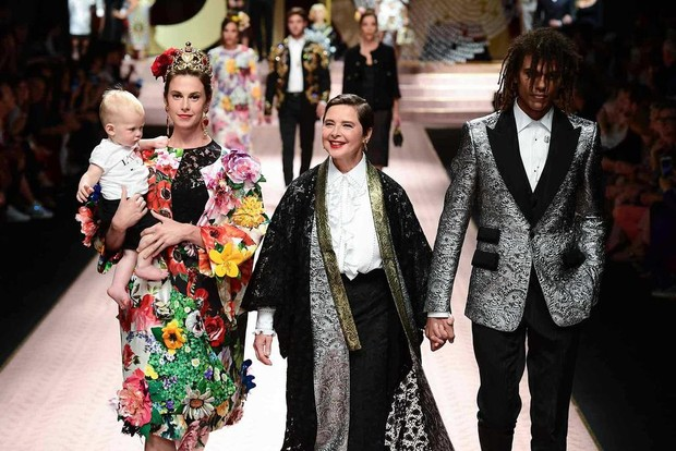 Show thời trang Dolce & Gabbana độc lập /