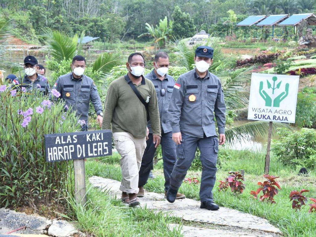 Kepala BNPTApresiasi Eks Napiter Bom Baliyang Sukses Kelola Agrowisata