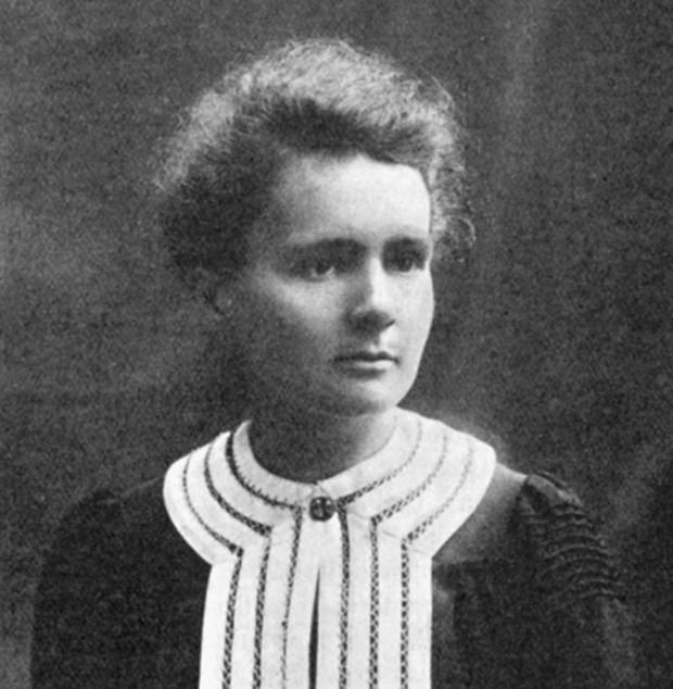 Marie Curie trở thành nhà khoa học nữ đầu tiên giành được hai giải Nobel trong các lĩnh vực khác nhau