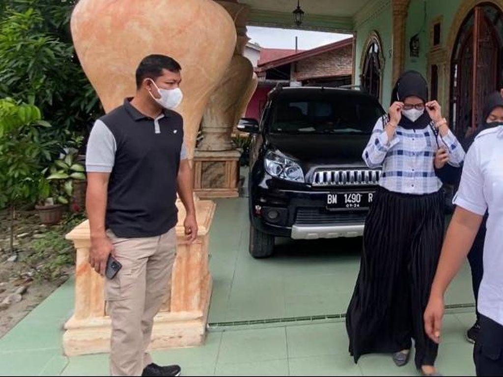 Curi Duit Nasabah Rp 1,2 M untuk Bayar Pinjol, Teller Bank di Riau Ditangkap