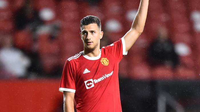 MANCHESTER, ENGLAND - JULY 28: Diogo Dalot of Manchester United gestures during the pre-season friendly match between Manchester United and Brentford at Old Trafford on July 28, 2021 in Manchester, England. (Photo by Nathan Stirk/Getty Images)