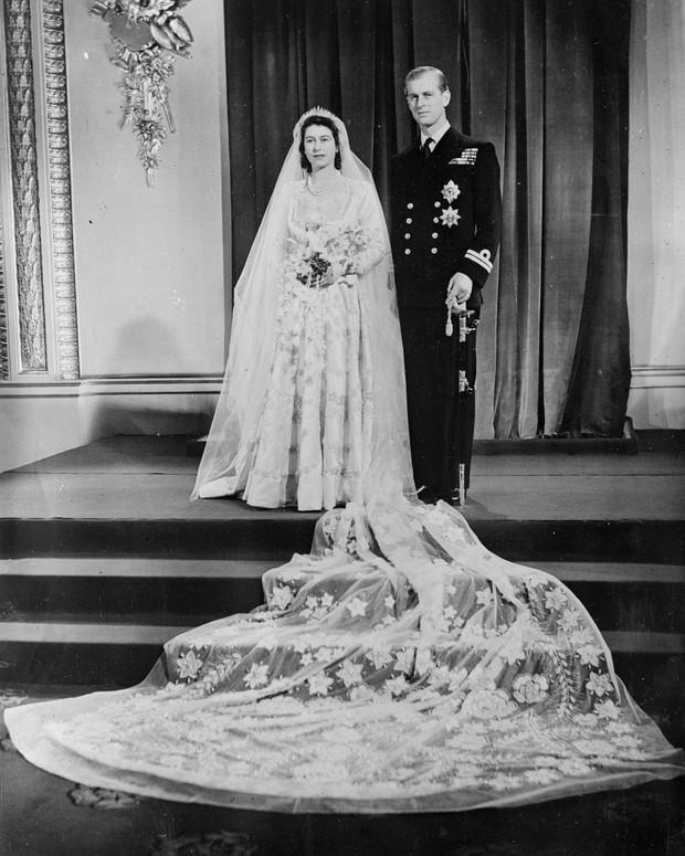 Gaun pengantin Ratu Elizabeth II