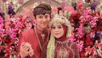 Membandingkan Dua Acara Pernikahan Rizky Billar dan Lesti Kejora