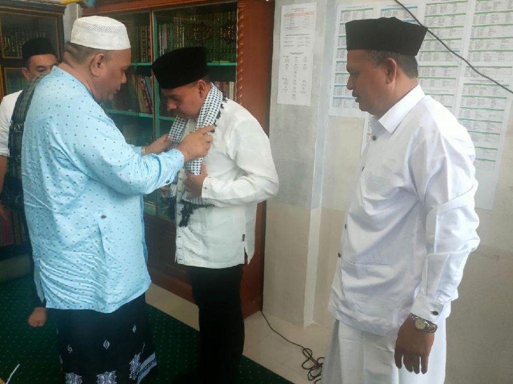 Ngikut Jejak SBY, Muslim Temui Ulama di Aceh