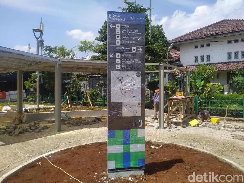 Sudah Setahun, Proyek Penataan Stasiun Manggarai Belum Kelar Juga