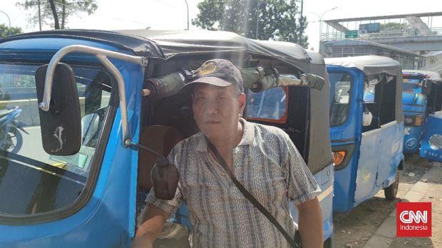 supir bajaj Kasnawi (68)