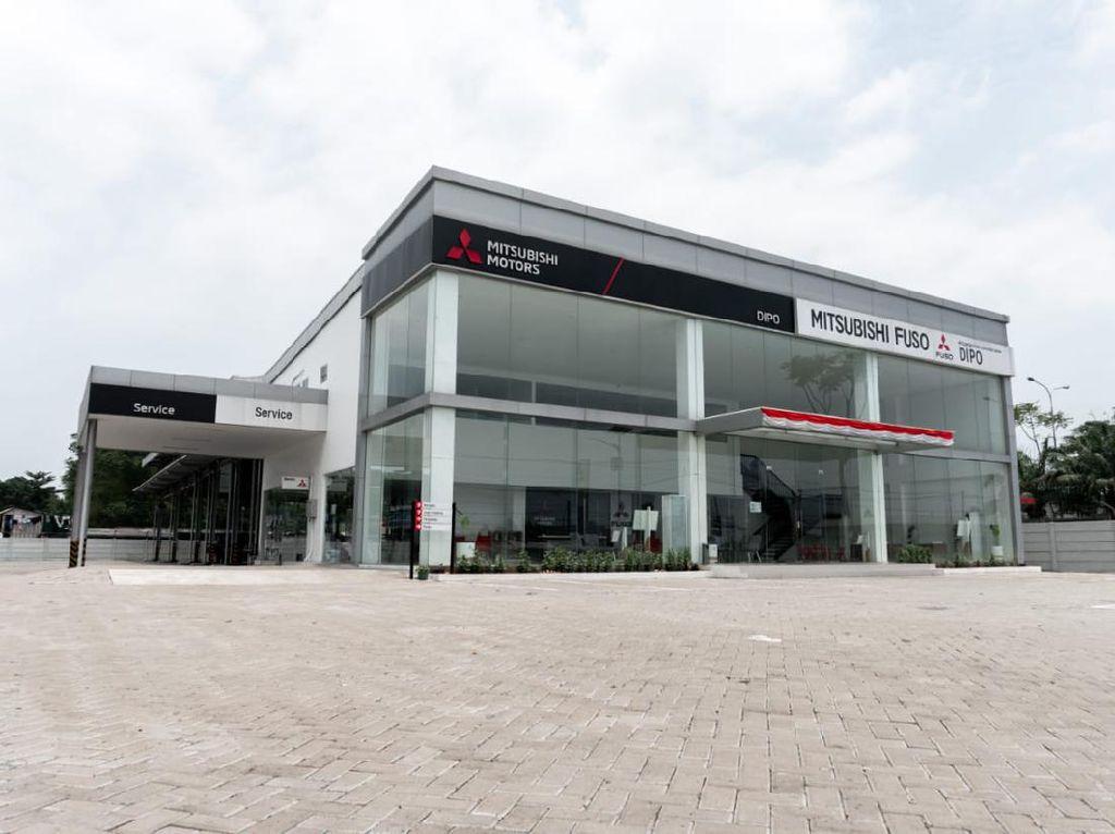 Tambah Lagi, Mitsubishi Resmi Hadirkan Dealer Fuso Baru di Tangerang